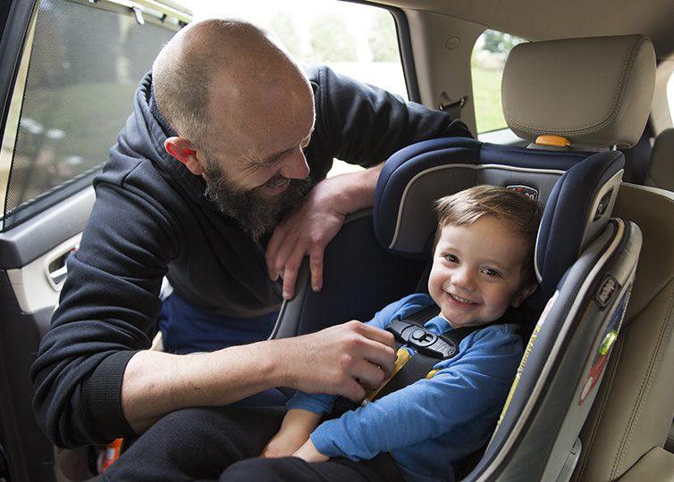 Otroški avtosedeži in vozički